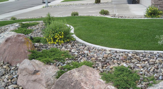 Kwik kerb lethbridge landscaping aztec masonry for Quik curb